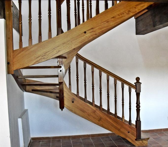 Esbais escaleras y barandillas de scar - Escaleras de madera de pintor ...